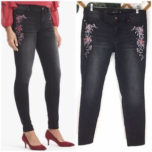 WHBM | Floral Embroidered Black Jegging Jeans 12